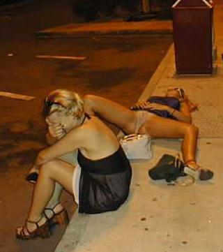 Приколы фото девушки пьяные ню